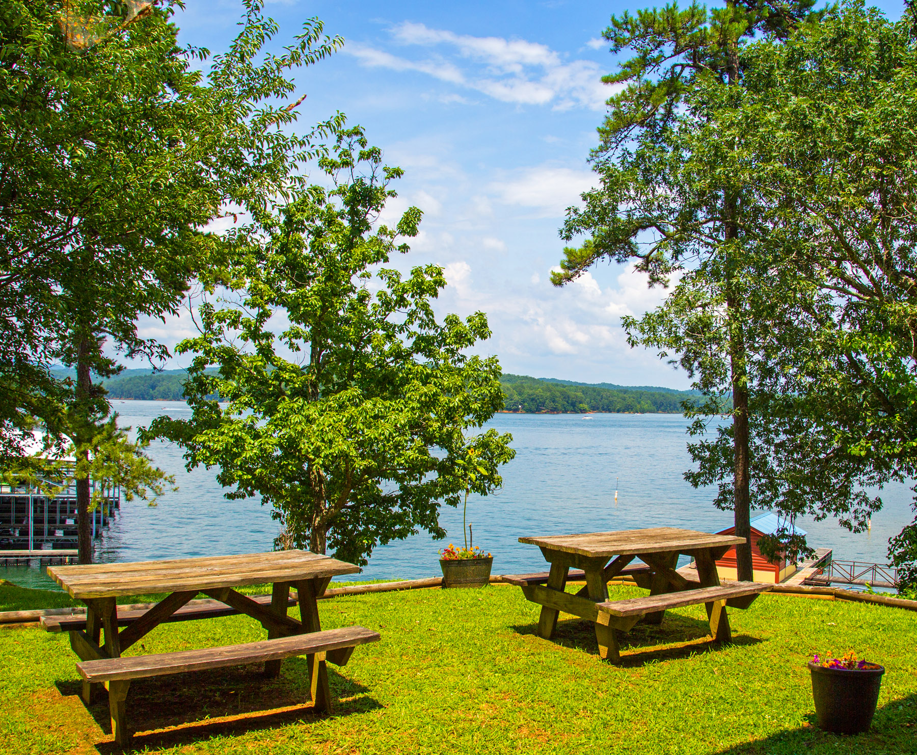 View-of-Carters-Lake-from-the-Marina-Photo-by-Bill-Vanderford