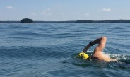Swimmer crosses Lake Lanier to raise waterways awareness